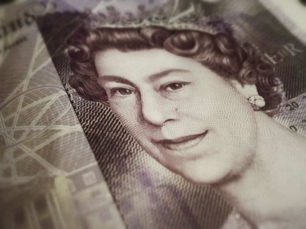 Twenty pound note with the Queen's head